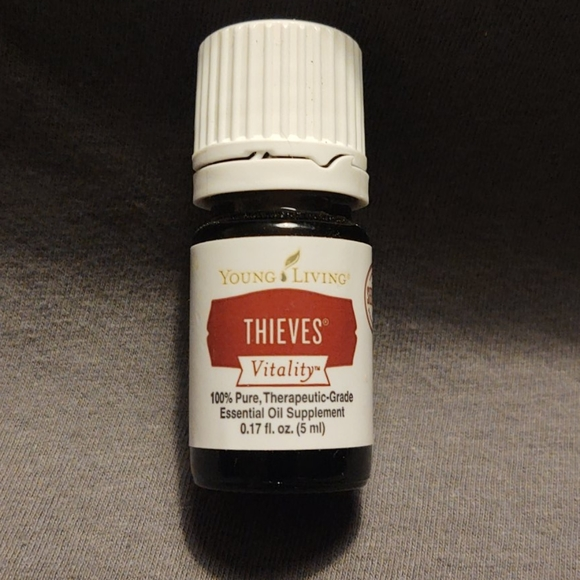 COPY - Young Living Thieves Vitality Essential Oil